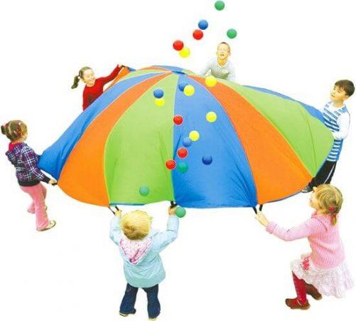 regenboog parachute buitenspelen 01