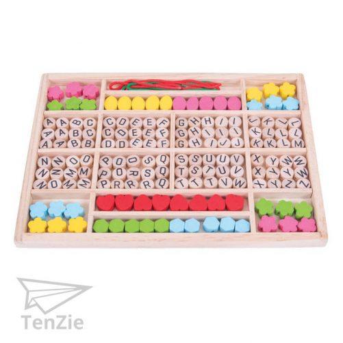 houten-alfabet-kralen-set-creatief-spelmateriaal-tenzie-winkel
